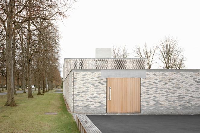 Le crématorium à Bâle réalisé par Frédéric Guarrigues etBernhard Maurer Architectes.