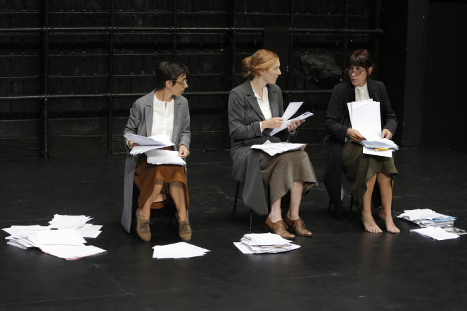 Marie Piemontese, Johanna Korthals Altes et Isabelle Lafon dans« Let Me Try» au Théâtre Gérard-Philipe.