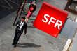 Au quatrième trimestre de 2017, SFR a gagné 80 000 clients mobiles en France, mais son chiffre d'affaires a reculé de 4,5%.