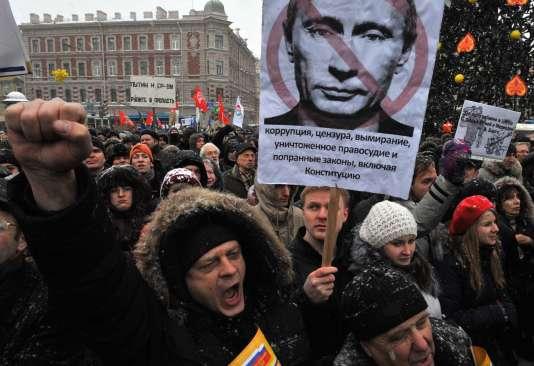 Manifestation de protestation, le 24 décembre 2011 à Saint-Pétersbourg, contre les fraudes électorales du scrutin du 4 décembre.