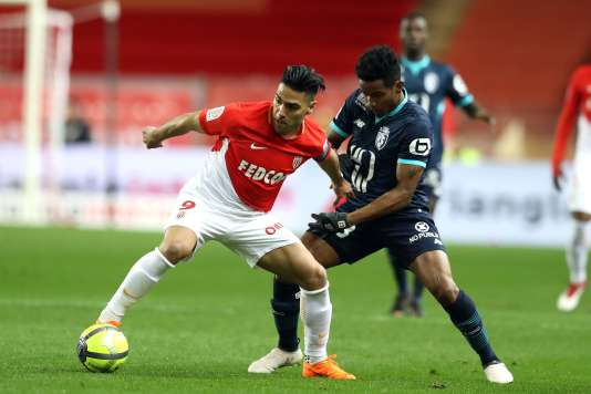 L'attaquant monégasque Radamel Falcao, contre Lille, le 16 mars à Monaco.