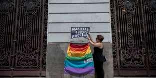 Devant le siège du conseil municipal de Rio, pendant les funérailles deMarielle Franco, le 15 mars.