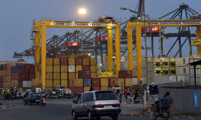 Terminal à conteneurs du port de Lomé (Togo), en avril 2015.