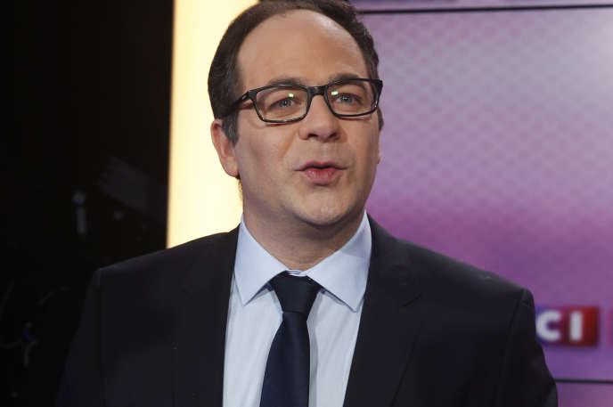 Le député européen Emmanuel Maurel, le 7 mars 2018 lors d'un débat télévisé avec les autres candidats à la tête du PS.