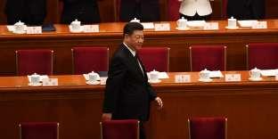 Le président réélu Xi Jinping est applaudi à son arrivéeà la session plénière annuelle de l'Assemblée nationale populaire (ANP), le 17mars.