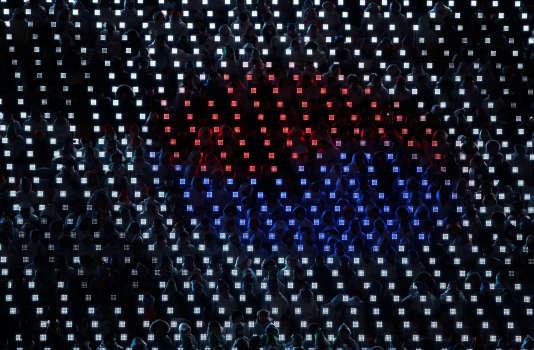 Cérémonie de clôture des Jeux paralympiques, à Pyeongchang, le 18 mars. Illumination représentant le drapeau coréen.