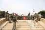 Des soldats de l'armée turque posent pour une photo de groupe dans la ville d'Afrin dont ils viennent de prendre le contrôle, le 18 mars.
