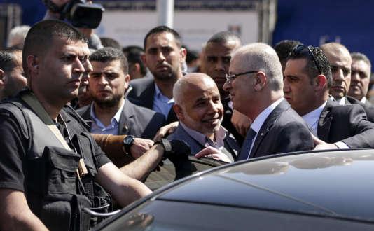 Rami Hamdallah le jour de l'attentat contre son convoi à Gaza city.