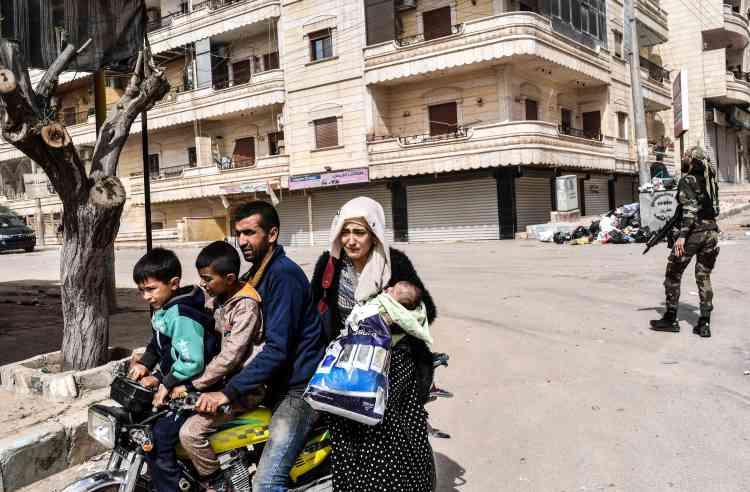 La résistance et les combats de rue annoncés n'ont pas eu lieu. Les forces kurdes ont quitté Afrin en laissant derrière elles les derniers civils qui n'avaient pas fui auparavant.