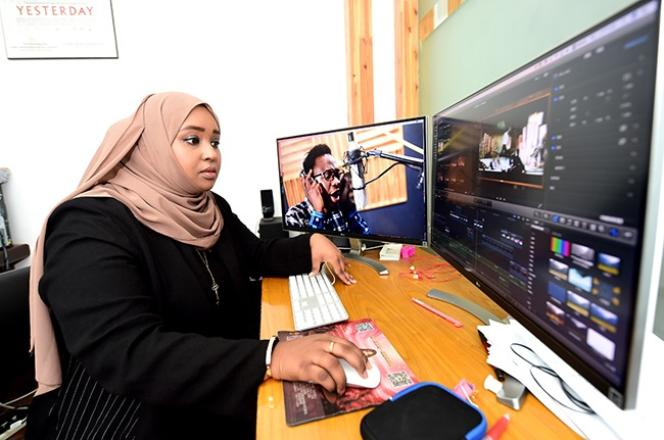 Hodan Osman Abdi, enseignante somalienne à l'Université normale du Zhejiang, a réalisé un film documentaire sur les Africains installés dans la ville portuaire de Yiwu.