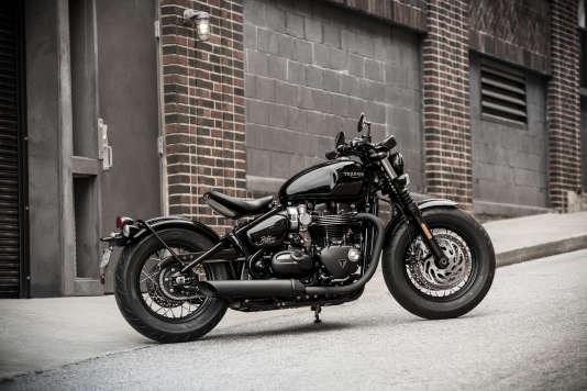 Bonneville And Son >> Bonneville Bobber Black, la moto du hipster
