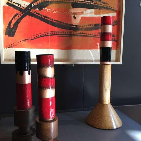 Les émaux d'Ettore Sottsass sont des« tableaux tridimensionnels», comme le montrent ces œuvres mises côte à côte.