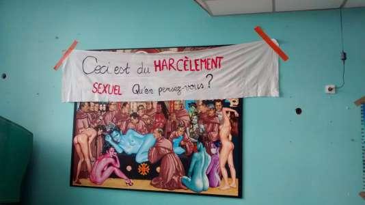 La fresque du réfectoire des internes de l'hôpital Purpan à Toulouse a été décrochée le 9 mars