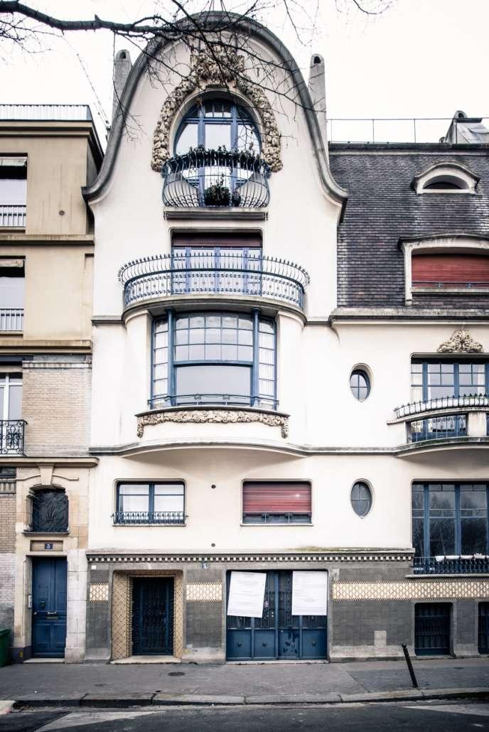 La façade du 5, rue Schoelcher, dans le quartier de Montparnasse à Paris.