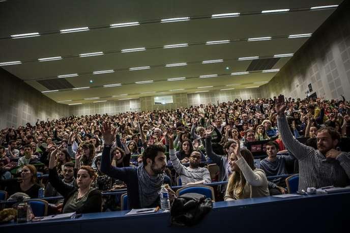 Assemblée générale à l'université Toulouse Jean-Jaurés, le 19 mars.