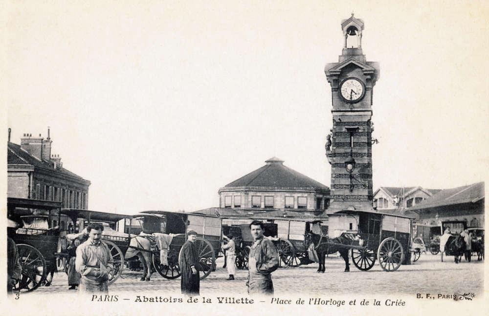 Les abattoirs généraux et le marché aux bestiaux sont ‒ quant à eux ‒ confiés à l'architecte Louis-Adolphe Janvier dont les plans sont réalisés d'après des croquis de Baltard, sur le modèle des Halles au centre de Paris.