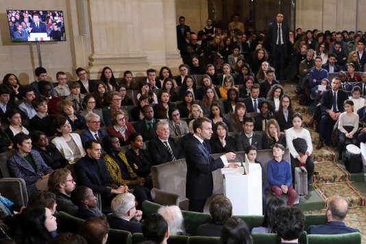 Le président Emmanuel Macron a présenté son plan pour la promotion du français lors de la Journée internationale de la francophonie, à Paris, le 20 mars.