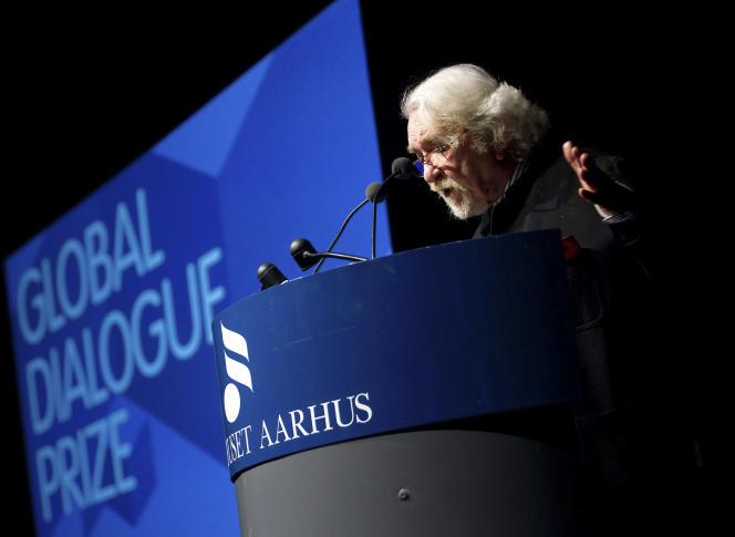 Daryush Shayegan, en janvier 2010 à Aarhus (Danemark), lors de la remise du Prix du dialogue global.