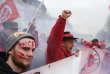 Lors de la manifestation des cheminots à Paris, le 22 mars.