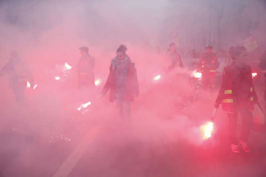 Lors de la manifestation des cheminots, le 22 mars.