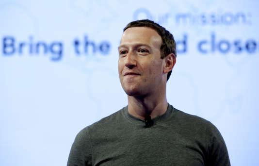 En s'expliquant le 21 mars 2018, Mark Zuckerberg n'a pas convaincu la presse anglo-saxonne.