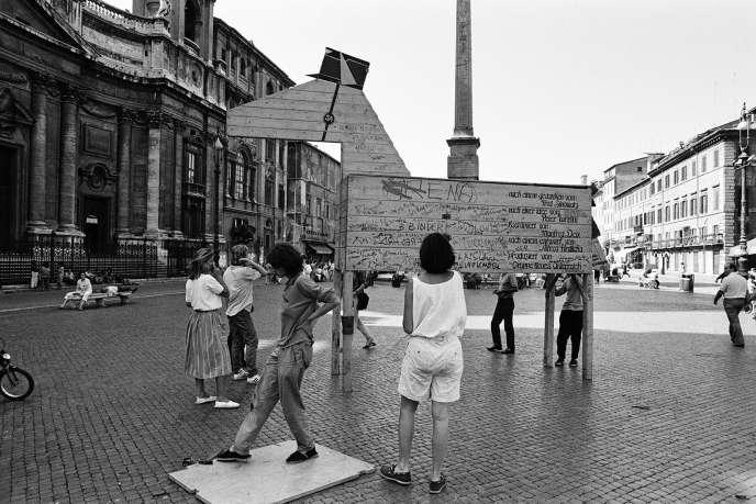 Le documentaire « Waldheims Walzer» («La Valse de Waldheim»), de l'Autrichienne Ruth Beckermann, en compétition dans la catégorie internationale du 40e festival du Cinéma du réel.