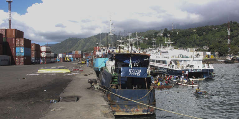 Le port de Mutsamudu, la capitale de l'île comorienne d'Anjouan, en mars 2018.