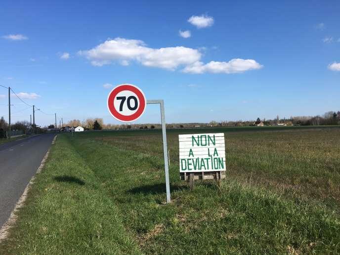 Serpent de mer dont on parlait déjà dans les années 1960, le contournement de Chémery (Loir-et-Cher) a été adopté il y a deux ans par le conseil départemental.
