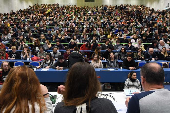 Assemblée générale à l'université Jean-Jaurès (le Mirail) de Toulouse, jeudi 22 mars.