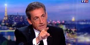 Nicolas Sarkozy sur le plateau de TF1, jeudi 22 mars. AFP PHOTO / TF1