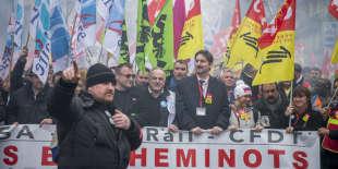 Manifestation nationale des cheminots contre le projet de réforme de leur statut à Paris le 22 mars 2018 - 2018©Jean-Claude Coutausse / french-politics pour Le Monde
