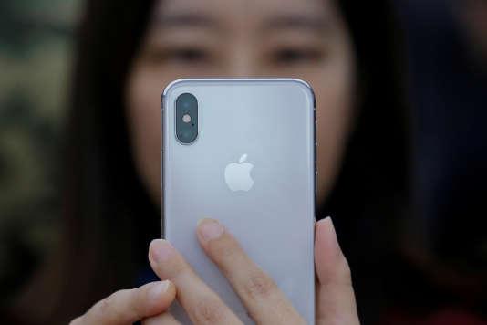 Des utilisateurs avaient découvert en décembre 2017 que certains modèles d'iPhone étaient intentionnellement ralentis par Apple.