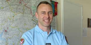 L'officier de gendarmerie Arnaud Beltrame, photographié en 2013 à Avranches (Manche). Il est décédé le 24 mars de ses blessures.