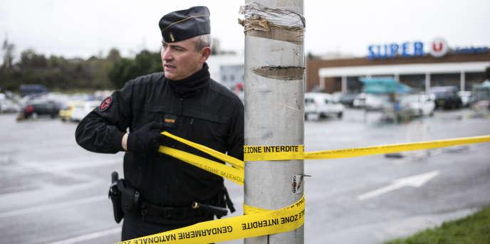 Trèbes dans l'Aude, le 24 mars, au lendemain de l'attentat par Radouane Lakdim.