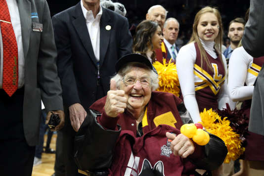 Sister Jean, supportrice numéro 1 de Loyola-Chicago.