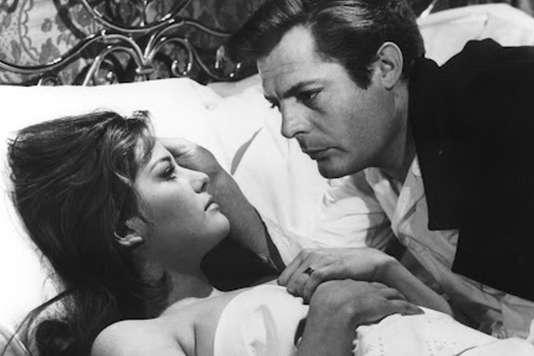 Claudia Cardinale et Marcello Mastroianni dans« Le Bel Antonio» (« Il Bel Antonio»), deMauro Bolognini (1961).