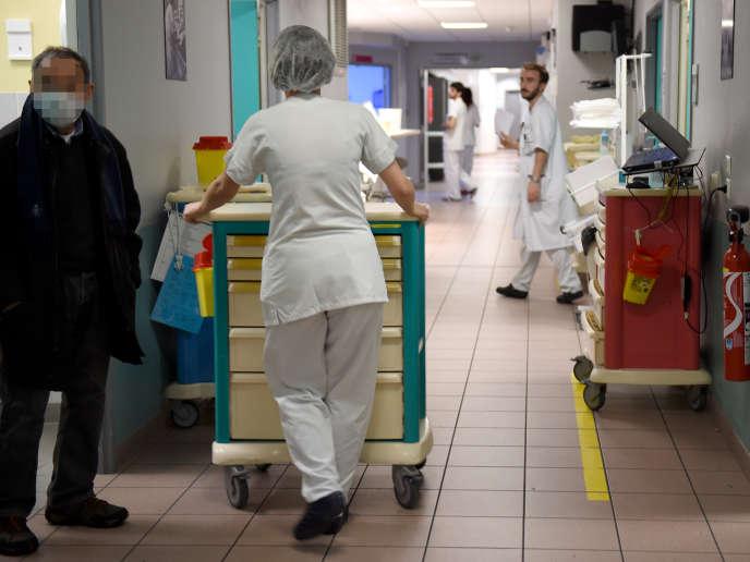 Le Centre hospitalier régional universitaire de Tours, en janvier 2017.