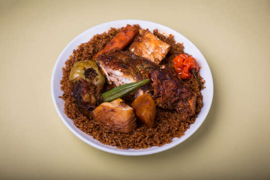 Le thiéboudiène, ou tiep bou dièn, le plat national sénégalais.