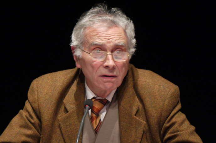 Bernard Laponche lors de la semaine de la science 2018 à Saint-Michel-sur-Orge.