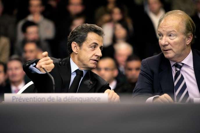 Nicolas Sarkozy et Brice Hortefeux, son fidèle de toujours, lors de la campagne de 2007.