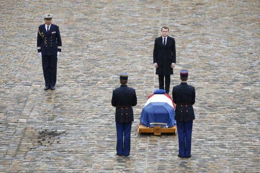 Emmanuel Macron lors de l'hommage national à Arnaud Beltrame, aux Invalides, le 28 mars.