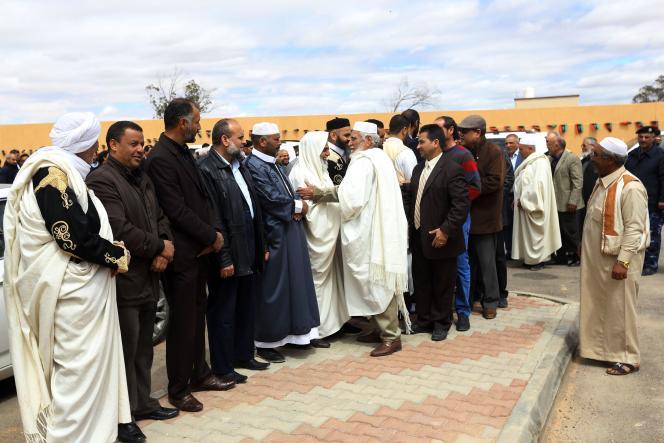 Rencontre à Zintan entre la délégation de la ville et celle de Misrata, mercredi 28 mars.
