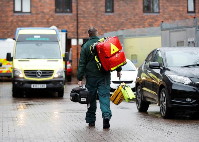 Des passants avaient découvert Sergueï et Youlia Skripal inconscients le 4mars, sur un banc à Salisbury, dans le sud de l'Angleterre.