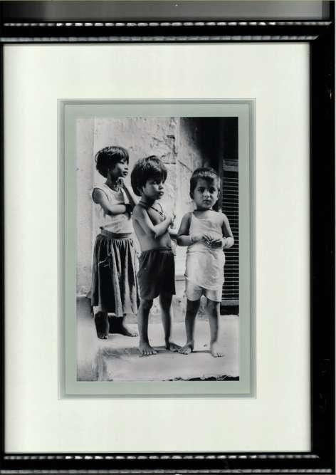 « Mon frère a photographié ces enfants en Inde. On dit que l'on revient différent de ce pays, je l'expérimente à chaque voyage. L'Inde est un choc esthétique et culturel : quand on sort de l'avion, on est ailleurs, happé par les odeurs. Comme tout ce qui me touche, je tente de le traduire olfactivement. Pour l'instant, cela mûrit. J'apprécie cette sensation d'inachevé. »