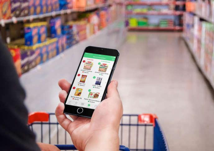 Dès que l'impact d'un produit est jugé négatif, Yuka suggère des produits de grandes marques ou de distributeurs, bio ou pas, plus sains.