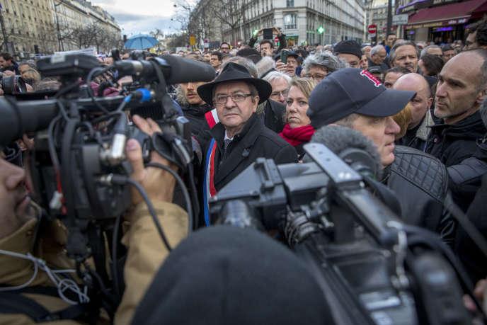 Jean-Luc Mélenchon participe à la marche blanche en hommage à l'octogénaire juive Mireille Knoll assassinée dans son appartement parisien, à Paris, mercredi28mars2018.