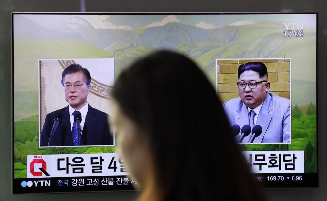 Un sommet intercoréen doit également se tenir le 27 avril à la frontière des deux Corées, après une visite surprise de Kim Jong-un cette semaine en Chine.