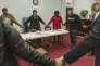 A l'association MOMS (Mothers of murdered sons & daughters), des mères, dont les enfants ont été assassinées, prient avant une réunion à l'église pentecôtiste St. Johns Alpha Omega à Baltimore, Maryland, le dimanche 11 mars 2018. Le groupe a été fondé par Daphne Alston, dont le fils, Tarik Alston, a été abattu en 2008. Le meurtre n'est toujours pas résolu. MOMS cherche à être une organisation de plaidoyer pour les parents lésés.