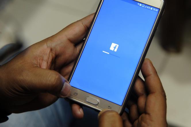 Après le scandale Cambridge Analytica, le réseau social a annoncé des mesures en matière de vie privée.