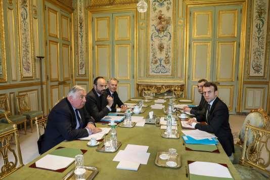 Lors de la réunion sur la réforme des institutions entre Emmanuel Macron, Alexis Kohler, secrétaire général de l'Elysée, Gérard Larcher, président du Sénat, Edouard Philippe, premier ministre, etFrançois de Rugy, président de l'Assemblée nationale,à l'Elysée, le 30 mars.